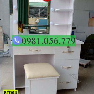 Bàn phấn trang điểm bằng nhựa Đài Loan BTD04